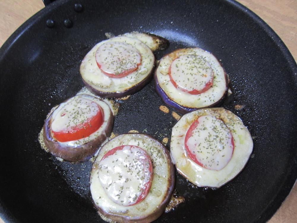 ロッサビアンコ(ナス)とトマトのイタリアンステーキ