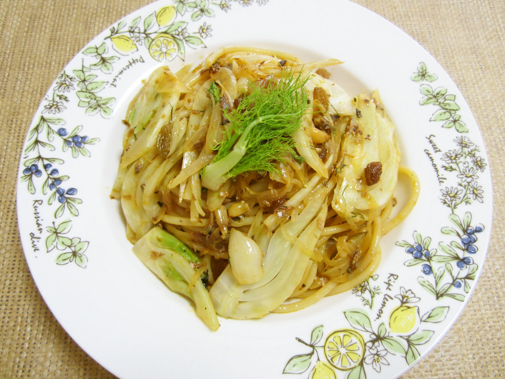 フィノッキオのパスタ(ブカティーニ)レシピ